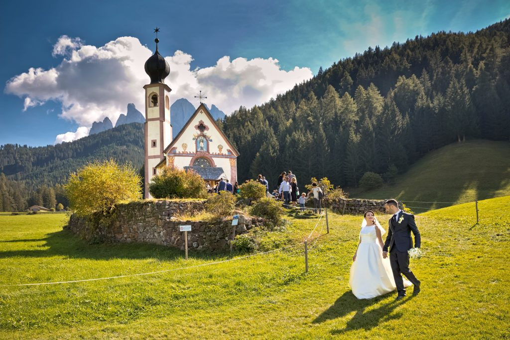Matrimonio in Val di Funes Chiesetta San Giovanni in Ranui